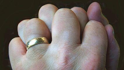 Knuckle-cracking Habits